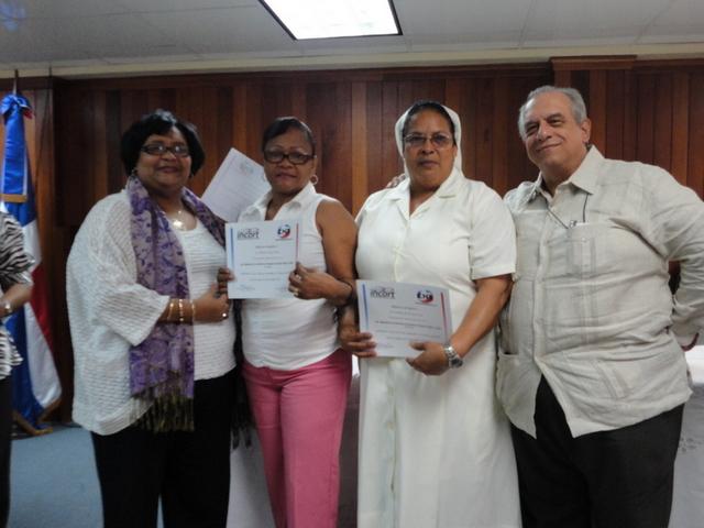 INCORT celebra graduación de 2do. Diplomado para enfermeras