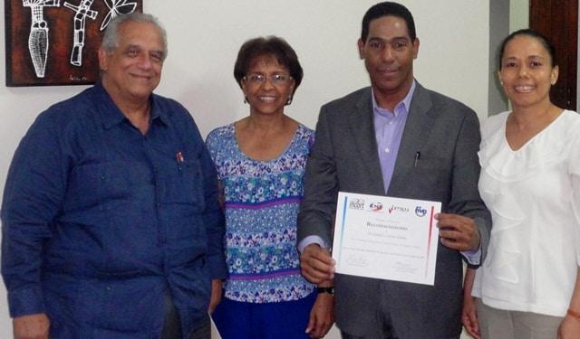 INCORT reconoce a coordinadores de trasplante