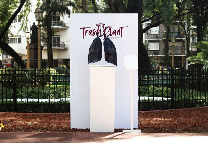 Crean órganos con bolsas de basura para concientizar sobre la donación