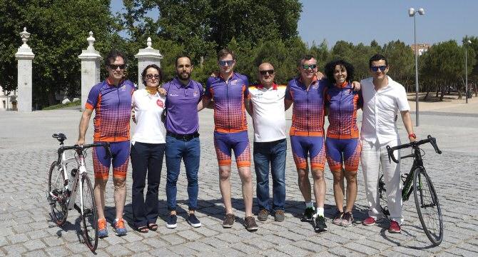 Un grupo de ciclistas trasplantados se pone en marcha para promover la actividad física