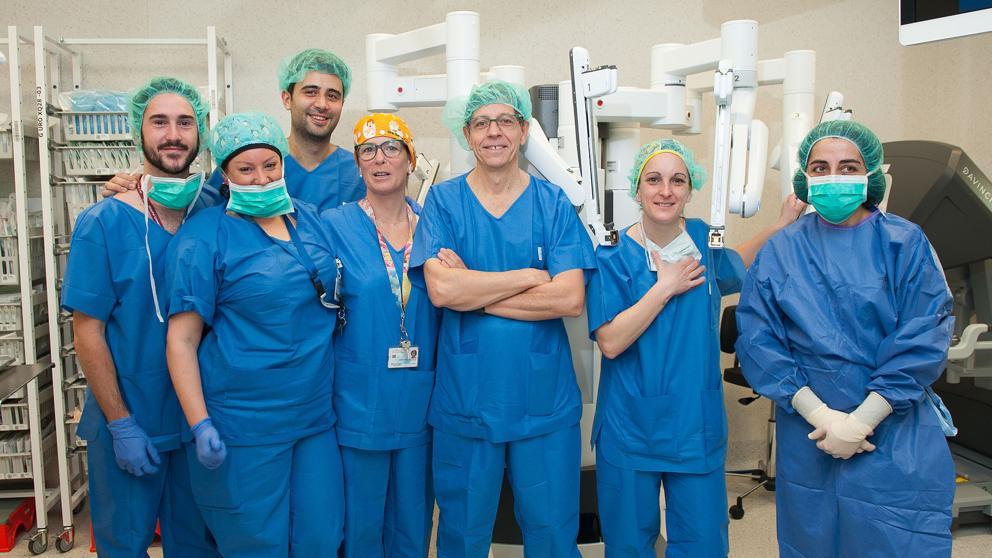 El Hospital de Bellvitge realiza el primer trasplante renal ortotópico con cirugía robótica